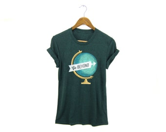 Go Beyond Tee - Boyfriend Fit Crew Neck T-shirt with Rolled Cuffs in Heather Emerald Green and Gold - Women's Size S-4XL