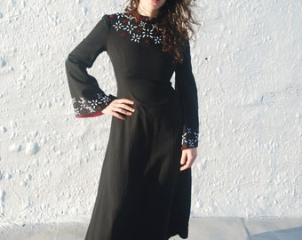 SALE Vintage 1940s Style Black Gothic Maxi Dress with Pink and Beaded Details M/L