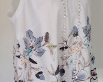 upcycled white tunic, leaf appliques, plus size top,  AU size 18, USA size 14, silver sequins, summer top, embroidered top, boho tank,