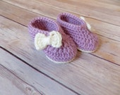 Newborn Baby Booties, Baby Girl Booties, Purple Baby Crib Shoes