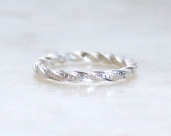 Twisted Band with Polka Dots in Sterling Silver - Wedding Bands, Commitment Rings, Promise Rings - Eco Friendly