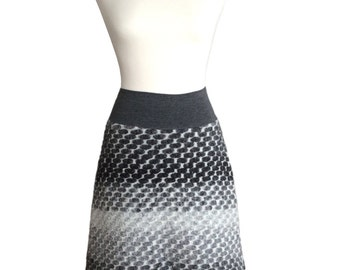 Black and White Wool Skirt in Size S
