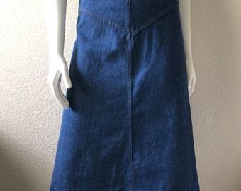 Vintage Women's 70's Denim Skirt, A Line, Knee Length by Koret City Blues (L/XL)