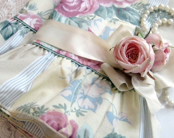 Pillowcases, Set of Two, Westpoint Stevens, Pillow Cases, Shabby Roses, Cottage Charm, Shabby French, by mailordervintage on etsy