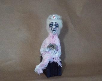 Halloween Ghost Art Doll Queen Rose Halloween Handmade Folk Art
