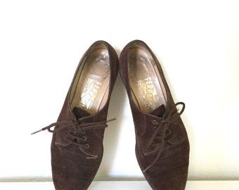 Vintage Ferragamo Oxfords Dark Brown Suede Lace-Up Low Heels Designer Shoes 7
