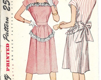 SIMPLICITY 1912 Size 12 Bust 30 Vintage 1940's One-Piece Kimono Sleeves Square Neck Apron Wrap Dress Pattern