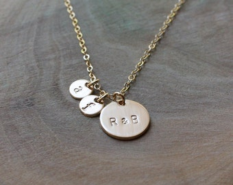 Family Necklace - Initial Disc Gold Necklace - Mommy Necklace -14K Goldfilled/ Choose your Initials