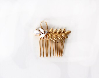 Luna Comb, Bridal Pearl Comb, Wedding Comb, Bridal Hair Accessories, Gold Leaf, Crystal, Gift For Her, Hand Made, Gold Plated, Romantic Comb