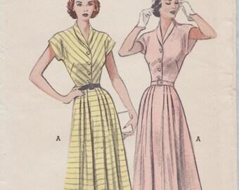 Butterick 5773 / Vintage 50s Sewing Pattern / Dress / Size 20 Bust 38