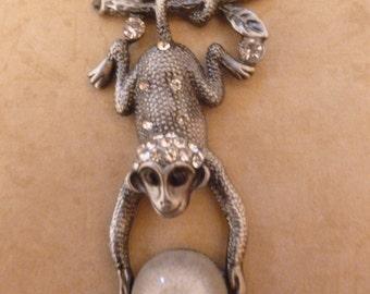 Hanging Monkey - Magnet