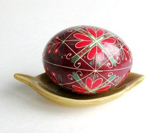 Dark Red Pysanka,Batik painted chicken egg,Ukrainian easter eggs, hand painted real eggs,egg art by Toronto artist Katya Trischuk,Easter egg