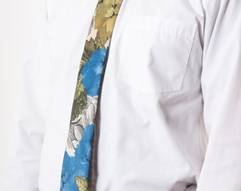Watercolor Floral Necktie / Men Slim Tie / Pastel Summer Necktie