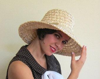 Vintage 1960s Wide Brimmed Hat / 60s Straw Hat in Beige
