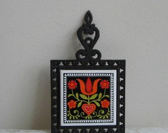 Vintage Iron Trivet Black With Tulip Flowers Vines On Ceramic Tile by Holt Howard and Cherry Japan,  Orange Red Green Scandinavian Folk Art
