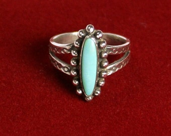 Turquoise & Silver Ring, Size 4-1/2, Vintage Southwestern, Handmade