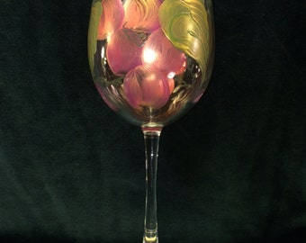 Hand Painted Wine Glass - Grapes 'n Gold