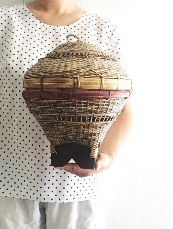 unique woven rattan snake charmer's basket with lid / decorative