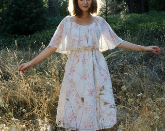 LILLY Vintage 1970's Dress Pink and Cream Floral Print Flutter Sleeve Midi Length