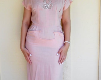 Vintage 1940s SAMUEL GRONER powder pink beaded seed-bead linen apron dress, size 10 / 12