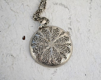 1960s Silver Filigree Circle Pendant and Chain Necklace
