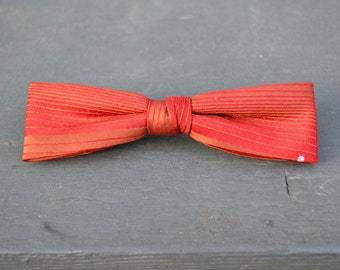 1950s Beau Red Skinny Striped Clip-on Bow Tie