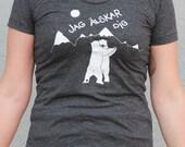 Polar Bears singing Jag Älskar Dig - Swedish for I Love You ,Original Artwork Screen Printed by hand on women's American Apparel 50/50 tees