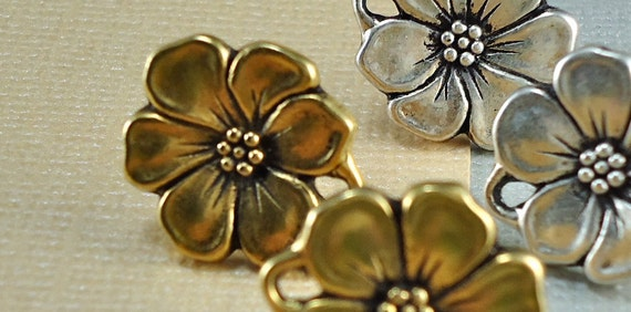 2 Earring Post Flower Gold Antique Plated with loop 15mm  1 pair Tierra Cast findings