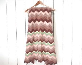 Crochet Throw Blanket Rug 1970s Thick Felted Vintage Chevron Stripe Blanket Pink Rose Green