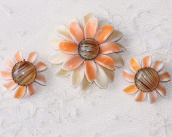 CLEARANCE Vintage West Germany Milk Glass Brooch & Earrings,Sunflower Floral Brooch and Clip On Earrings,Demi Parure,Orange,Yellow,Collector