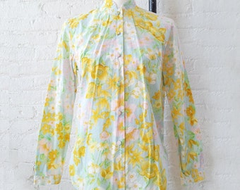 1960s Light Blue Cotton Floral Shirt 60s Vintage Aladdin Small Medium Summer Yellow Pink Flower Novelty Print Shirt Blouse