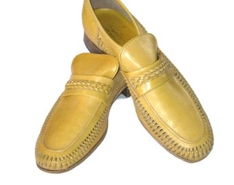 70s Mens Leather Shoes Mustard Shoes  Florsheim Loafers Yellow Shoes 1970s Slip Ons Mustard Leather Loafers Mustard Yellow Shoes Slip Ons