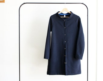 Mandarin collar coatigan. Navy. Organic cotton fleece, made to order. Sizes from S to XL. Made in Italy. Made to measure.