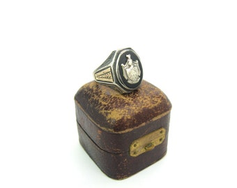 Mens Art Deco Ring. Family Crest Signet. Heraldry, Coat of Arms.  Black Onyx, Sterling Silver Knight, 10K Gold. Vintage 1920s Mens Jewelry.