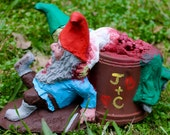 Zombie Gnomes: Love Hurts