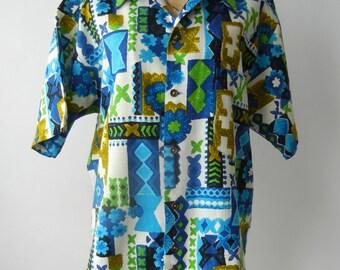 Vintage 1960s Men's Blue Cotton Hawaiian Shirt