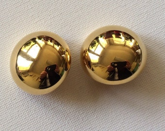 KJL Kenneth Jay Lane Large Shiny Gold Plated Clip On Earrings