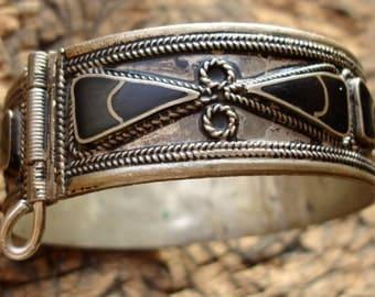 Moroccan black enamel tarnished bracelet cuff