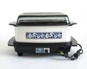 Slow Cooker West Bend 84624 4 qt Rectangular Vintage White Blue