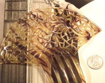 Large Vintage Art Deco Fan Shaped Hair Comb