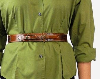 Vintage dark brown leather waist belt / James Jones waist belt / embossed leather detail