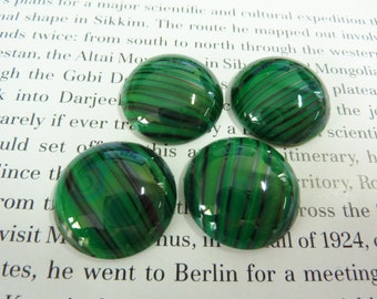 1 glass cabochon, Ø22mm, green black, round