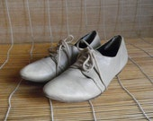 Vintage Off White GreyLeather Lace Up Flat Shoes  Size EUR 37 / US Woman 6 1/2