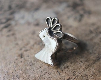 White Bird RING / Sterling Silver Mother of Pearl Jewelry / Vintage  Southwestern Ring