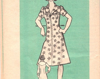 Sweet Uncut Vintage 1970s Mail Order 9293 Zip Front Yoked A-line Dress Sewing Pattern B35