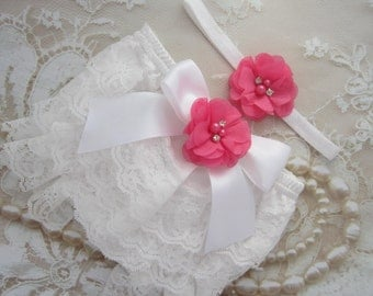 White Lace Bloomers with a Satin Bow and Hot Pink Flower AND/OR Flower Headband, newborn photos, by Lil Miss Sweet Pea Boutique, foto bebe