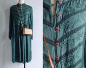 Vintage 80's Bohemian Rose Embroidered Green Indian Dress S M L