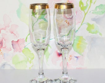 Pretty Vintage, Set of 2, Gold Band Encrusted, Fluted Champagne / Toasting Glasses