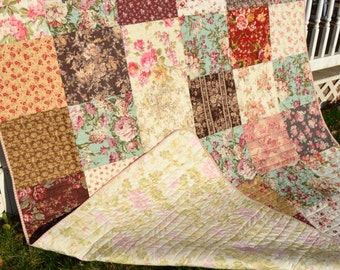 Country Traditional Quilt Cottage Chic Hippie Patchwork French Country Patch Floral Roses Shabby Elegance Twin Quilt