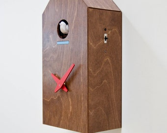 Bird House - Modern cuckoo clock with moving bird